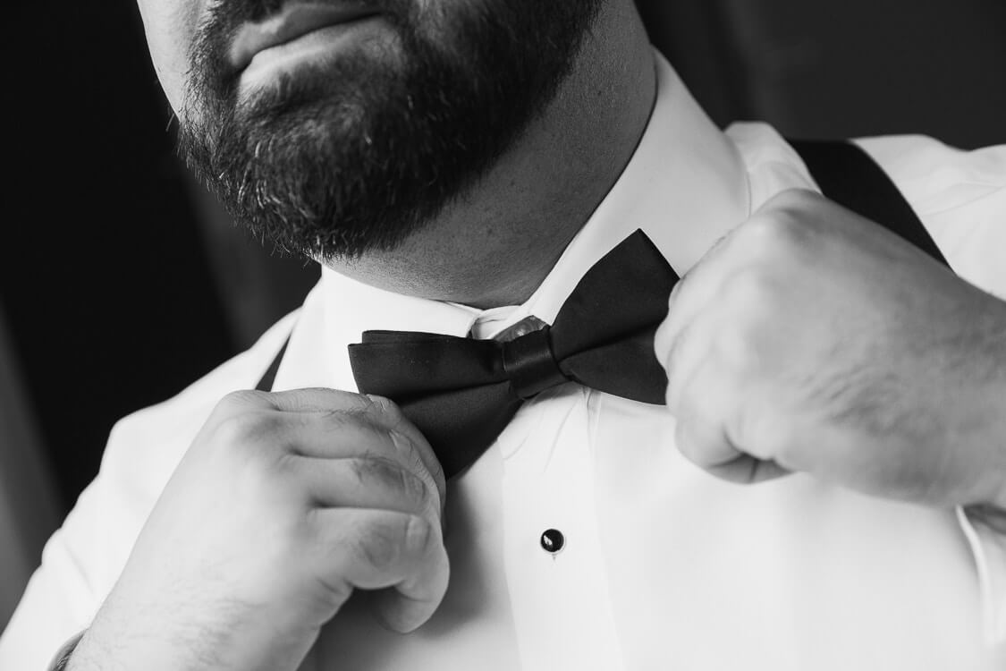 Check out our blog https://davideric.com/grooms-guide-to-looking-his-best/  on a grooms guide to look his best in wedding Photos